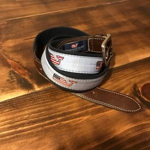 Vineyard Vines boys American Flag Whale Belt.